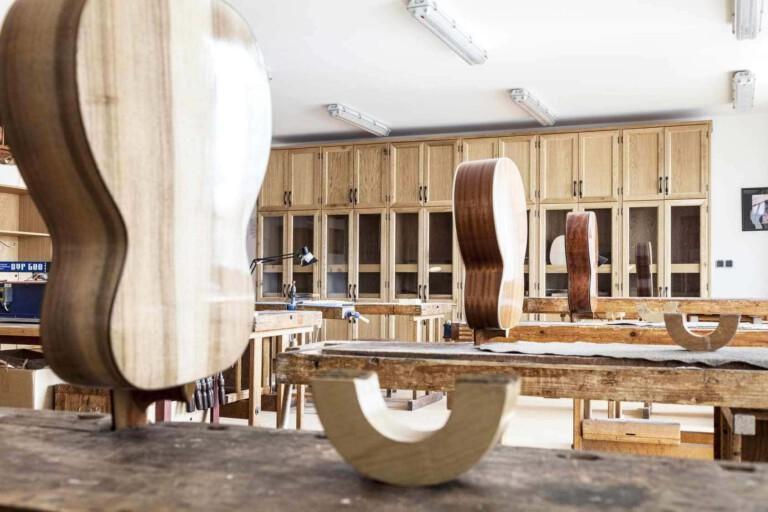 interiér husľovej školy v Chebe od MY DVA