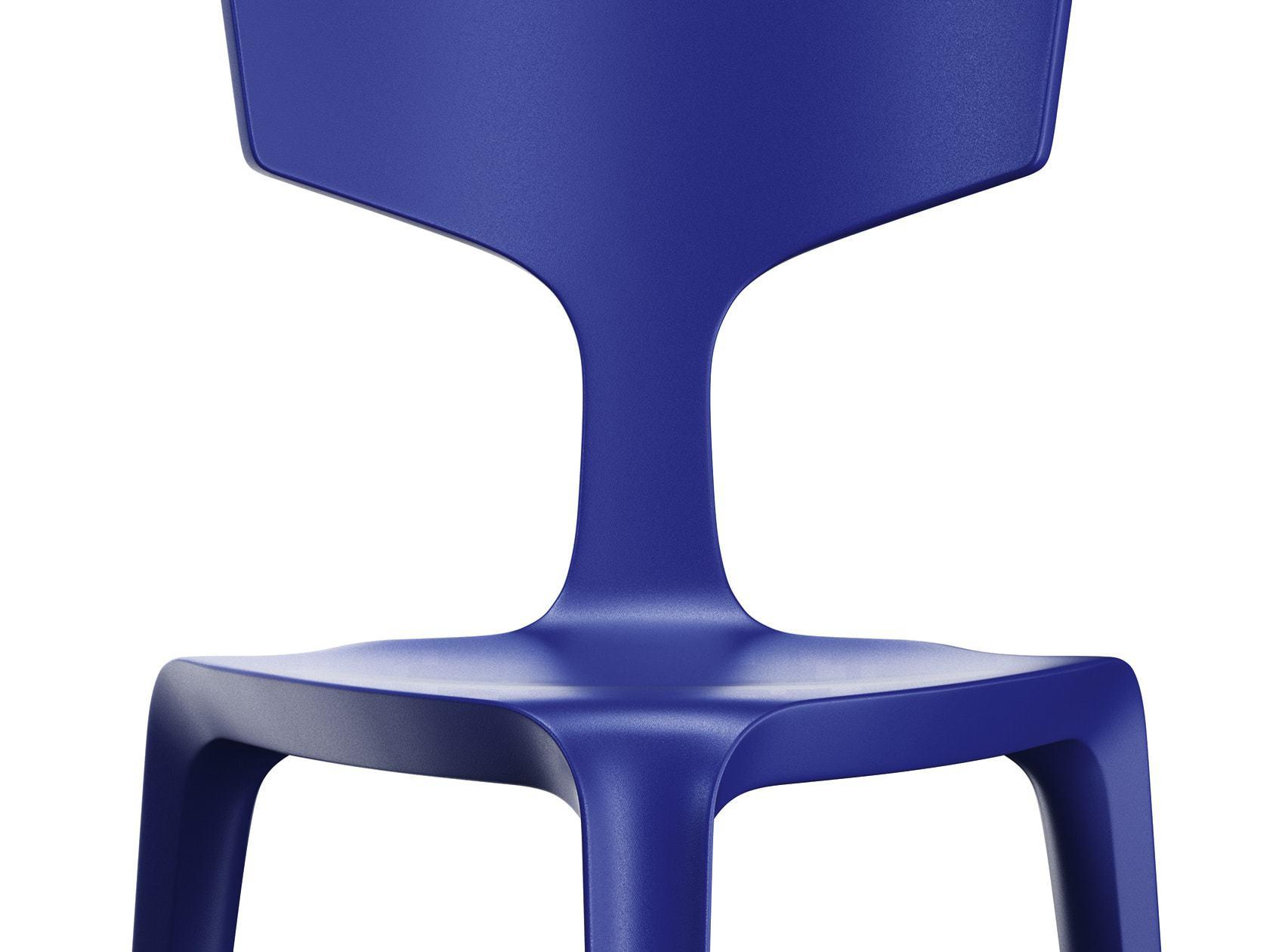 Stolička Stakki - trojnohá konštrukcia